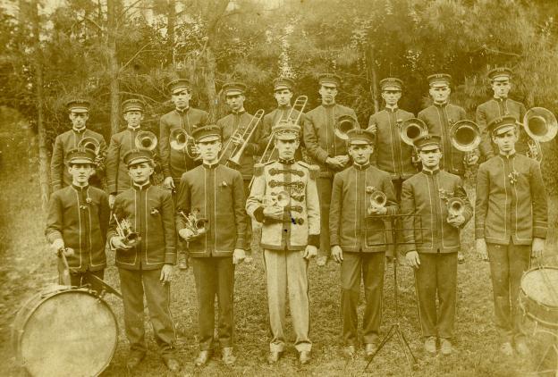 Scottdale band tiff (compressed)