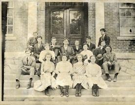 First class of Decatur High School 1916