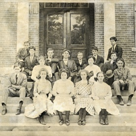 First class of Decatur High School 1916