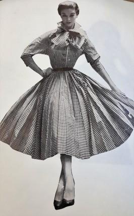 A classic 1950's full skirt dress